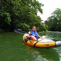 jungle dome - kayaking mopan river
